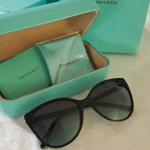 7c89dbbec2c Accessories - Tiffany   Co Victoria Cat Eye Sunglasses